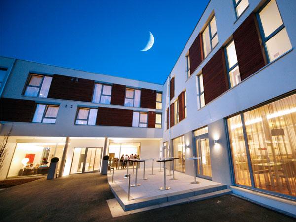 beschreibung hotel kp stahl lehrmann architekten w rzburg. Black Bedroom Furniture Sets. Home Design Ideas